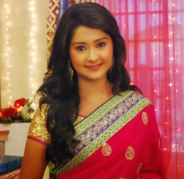 kanchi Singh beautiful Saree wallpaper, kanchi singh beautiful saree photos, kanchi Singh in beautiful saree images, kanchi Singh beautiful saree pictures download