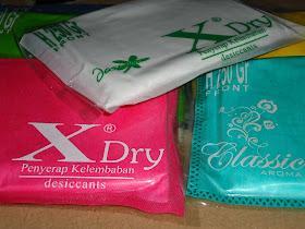 X Dry Penyerap Kelembaban Praktis