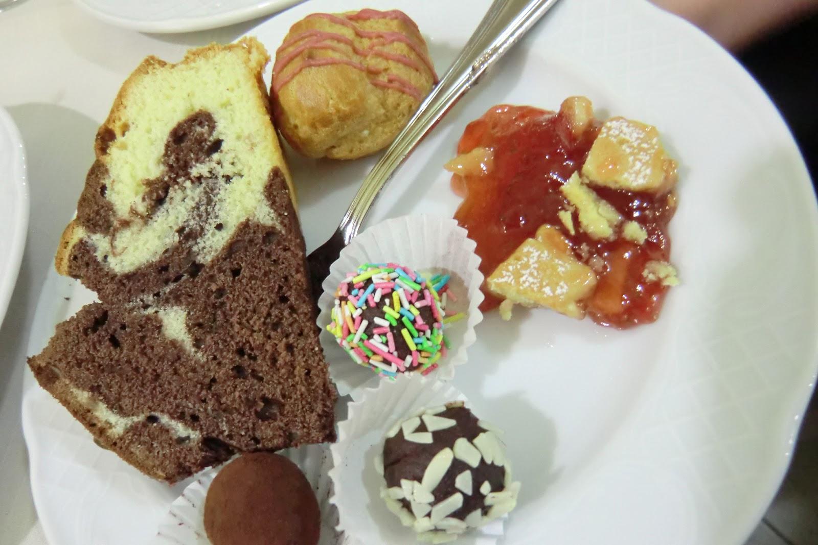 Il mio buffet di dolci per una festa di laurea, dalle crostate alla ...