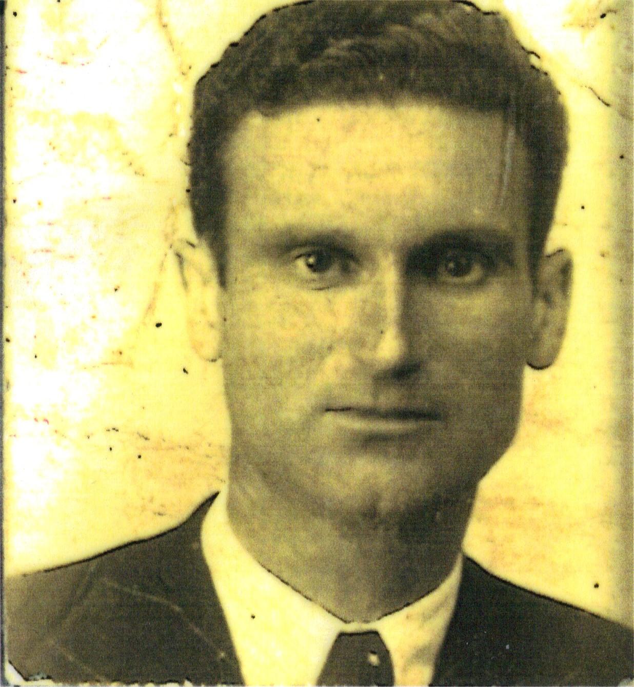 mi padre nació en 1901 en trigueros un pueblo de la provincia de ...