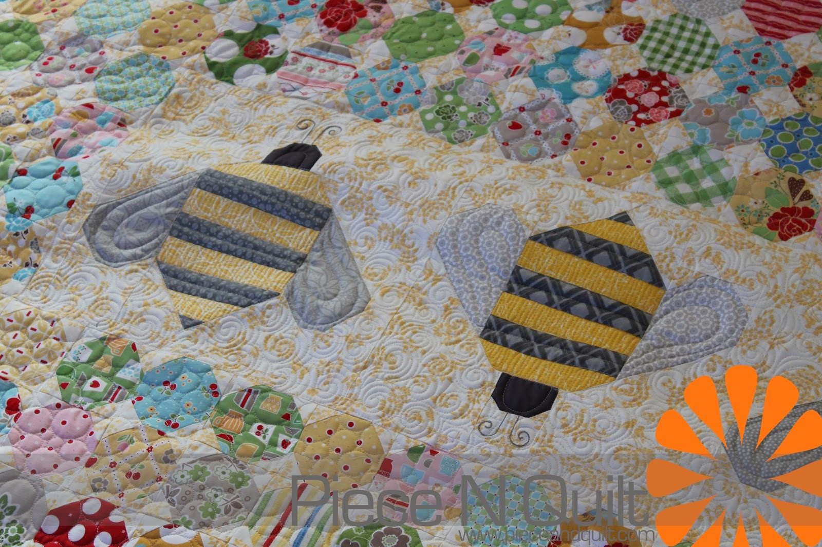 Piece N Quilt: Calico Hive Quilt : quilts n calicoes - Adamdwight.com