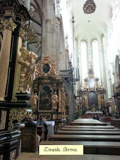 praga-biserica-sf-maria-din-tyn-interior-1