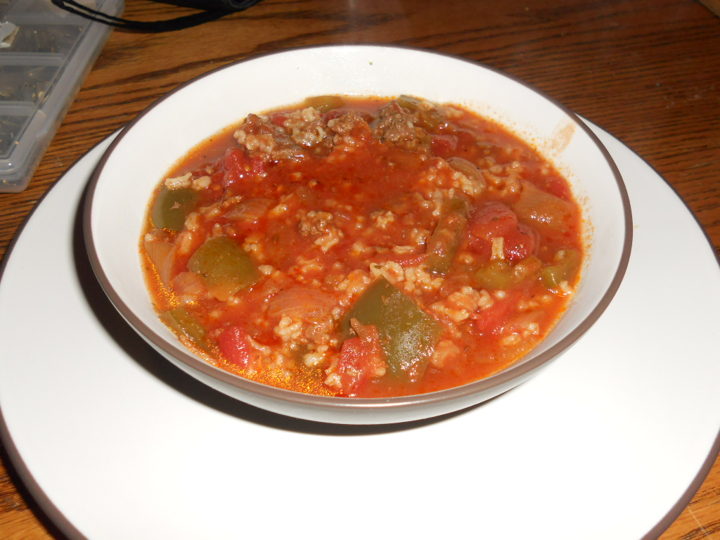 Crock-Pot Stuffed Pepper Soup - Hezzi-D's Books and Cooks