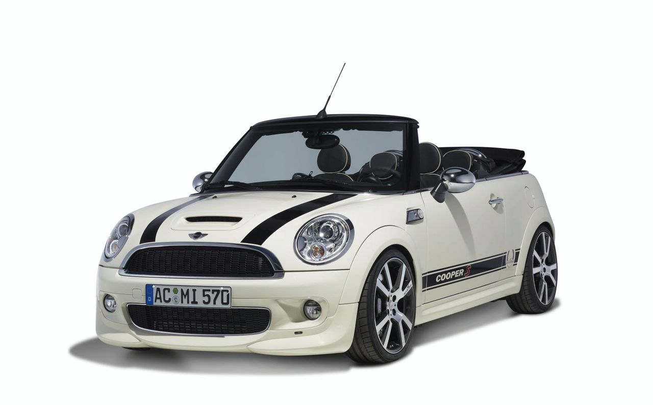 white mini cooper convertible its my car club. Black Bedroom Furniture Sets. Home Design Ideas