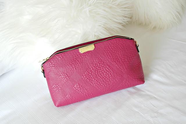 Burberry clutch handbag, fashion blog