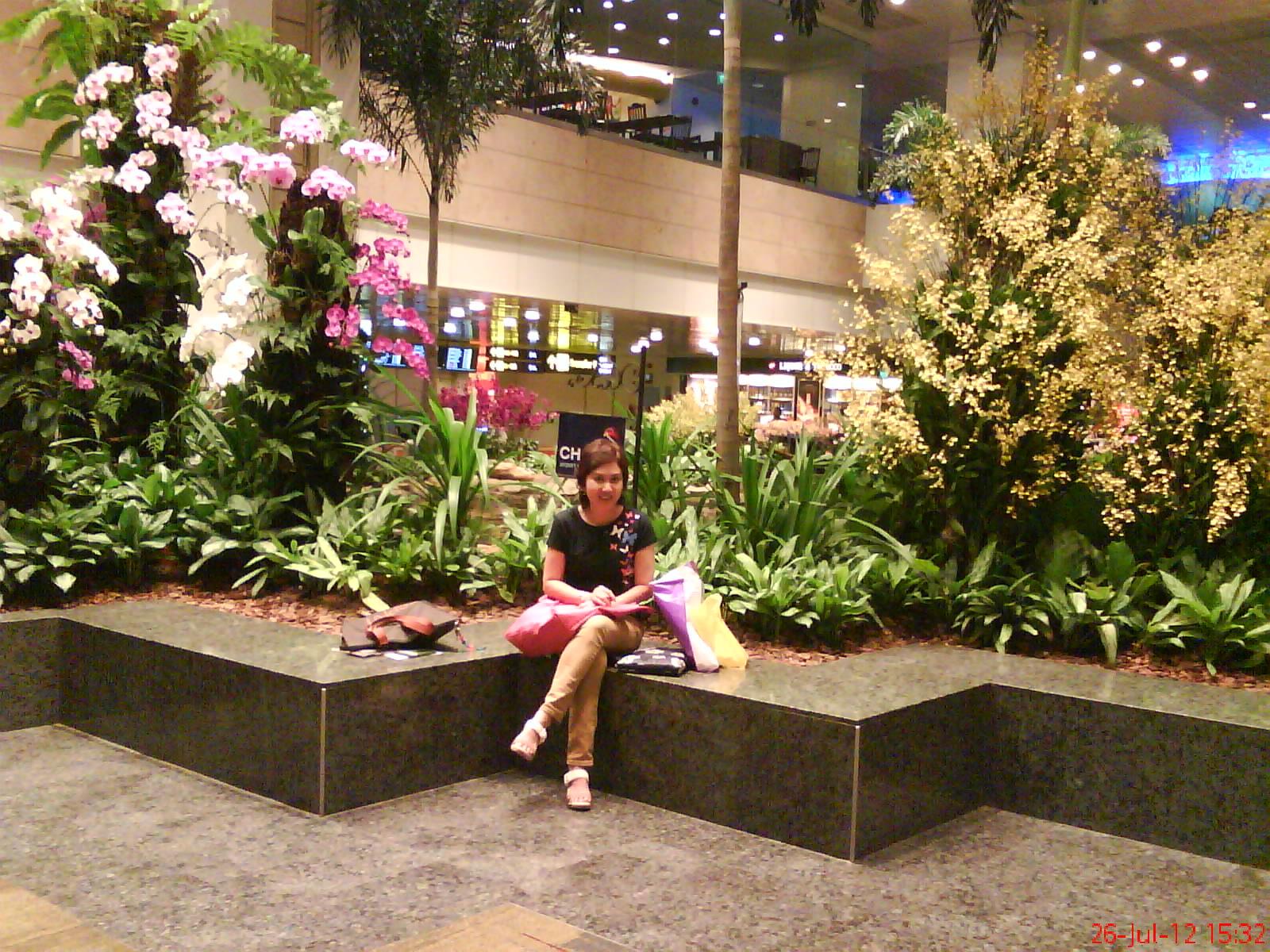 Summer Holiday Singapore Part 1 Bdo Sin Amanda Tomato Tiket Fisik Garden By The Bay Anak Titip Di Hotel Changi Airport