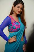 Anaika soti sizzling in saree-thumbnail-2