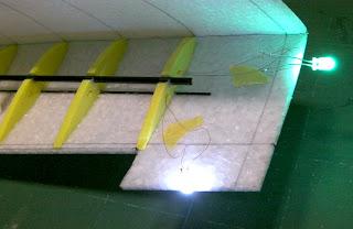 LED翼端灯02