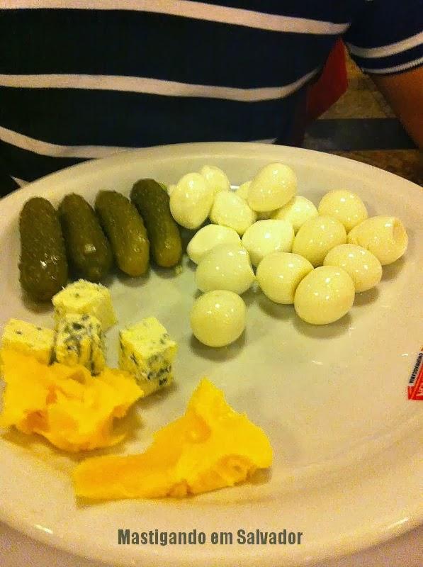 Churrascaria Sal e Brasa: Prato com opções do buffet