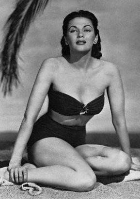 Hollywood s Leading Ladies  Yvonne De Carlo Who Played Lily Munster on
