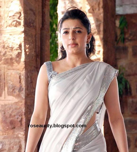 Bhumika Chawla Hot Navel saree