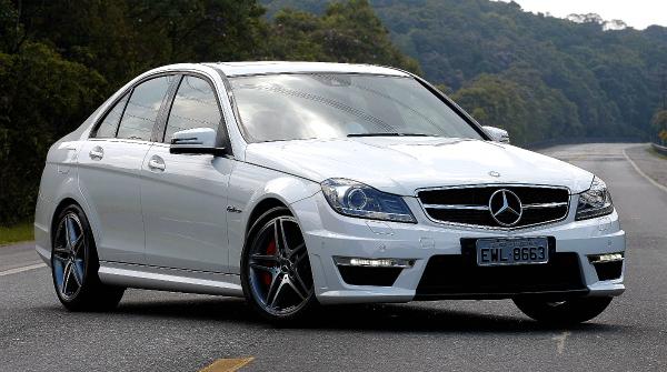Mercedes garage mercedes c 63 amg for a bruta for Garage mercedes 93 bondy