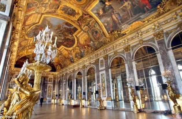 صور رائعة من باريس  Top_10_things_to_do_while_in_paris_versailles_interior5