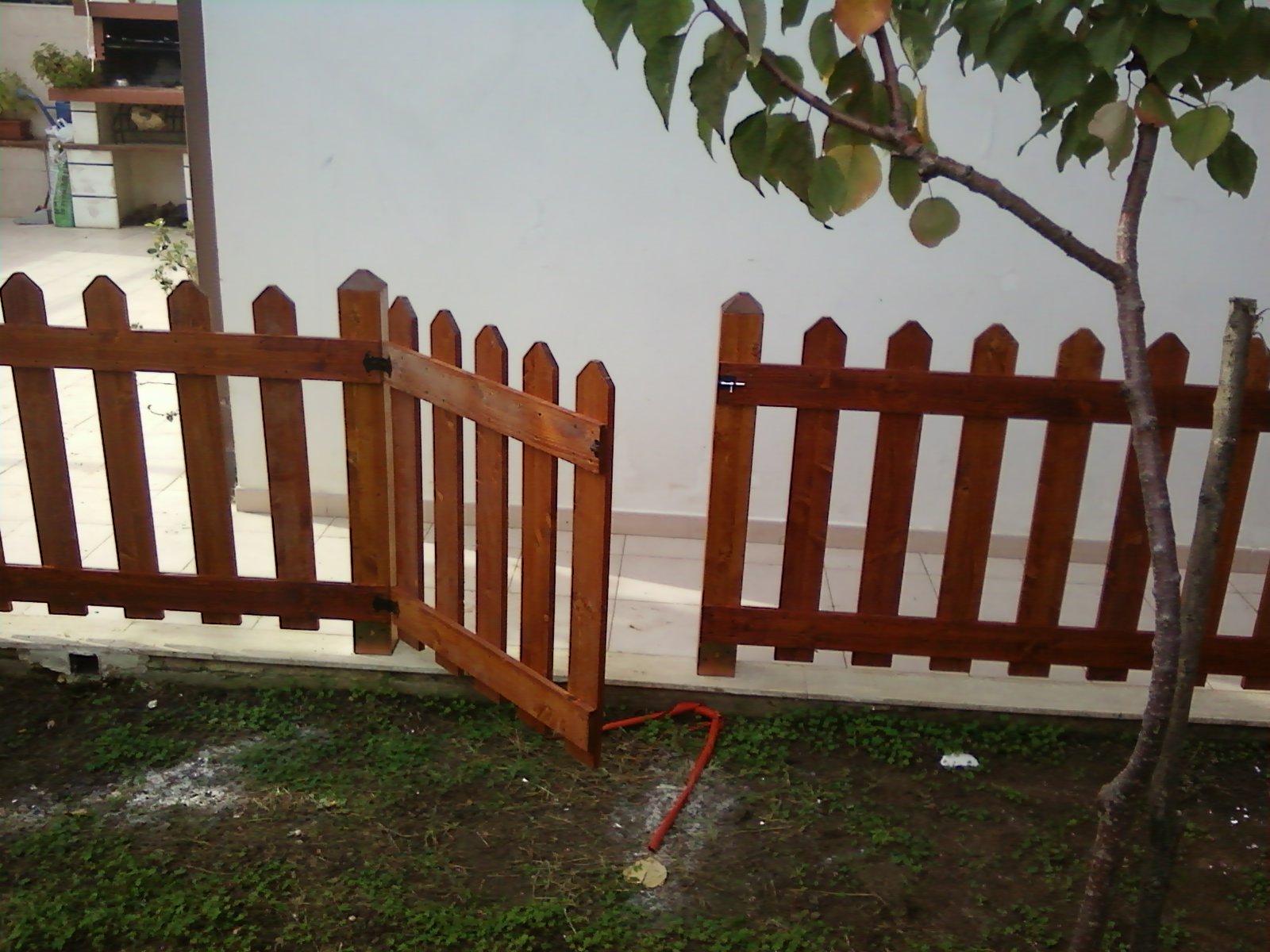 Fai da te hobby legno staccionata for Cancelli da giardino