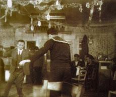 O ALLEN GINSBERG ΣΤΟ ΠΕΡΑΜΑ ΤΟ 1961 (κλικ στην εικόνα)