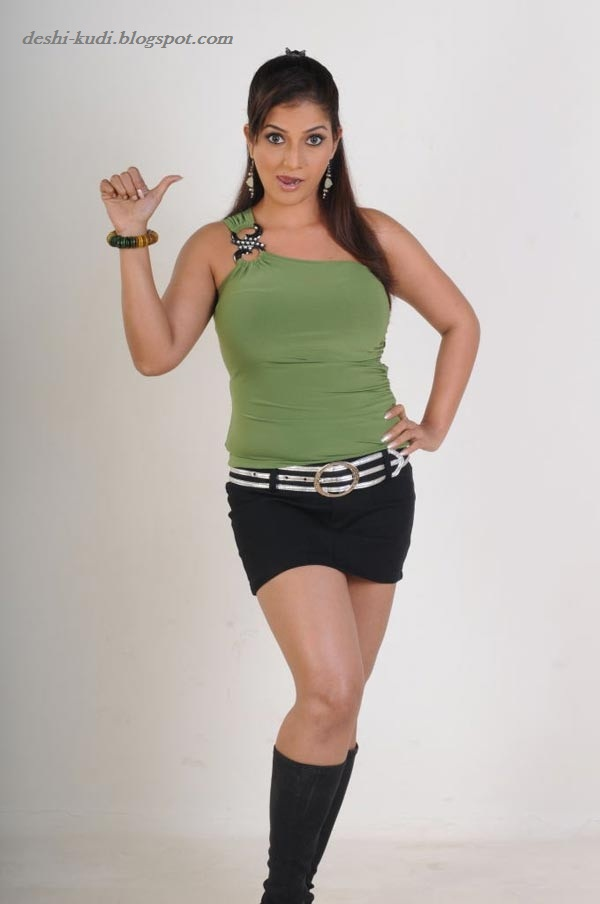 Tamil Actress HD Wallpapers FREE Downloads: RUTHIKA