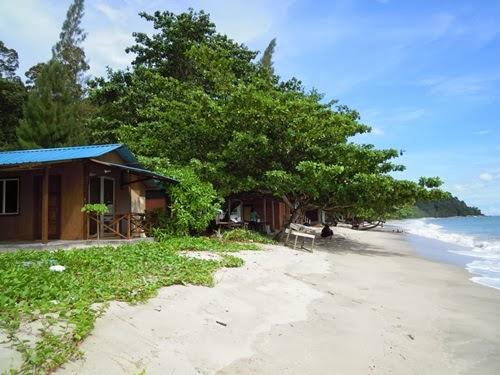 Chalet Teluk Senangin - Chalet Pak Ya