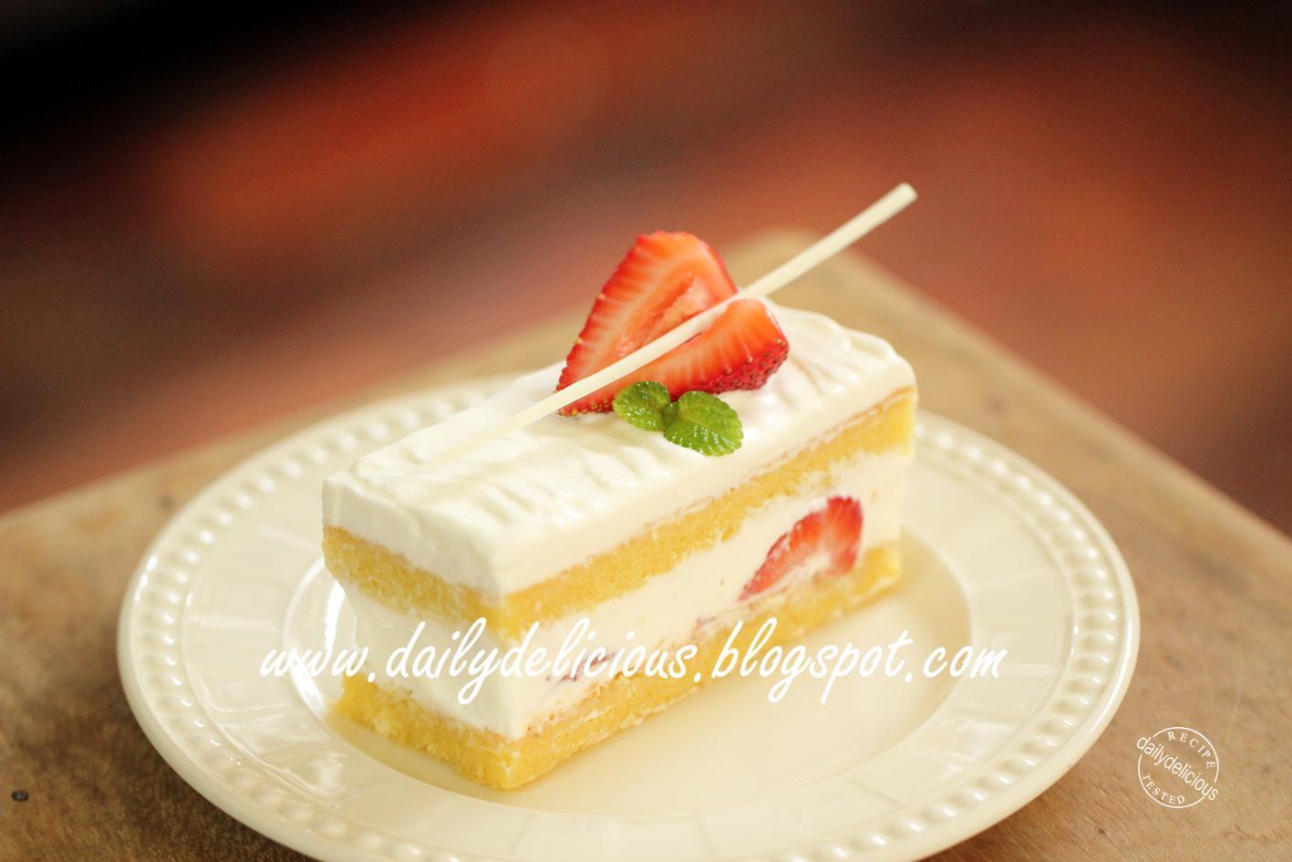 Strawberry Sponge Cake How To Make The Cream