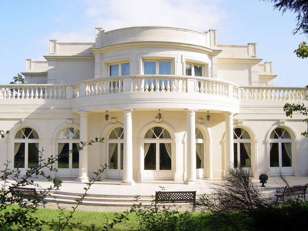 Disain Rumah Klasik Elegant furthermore Tips Memilih Warna Cat Rumah ...
