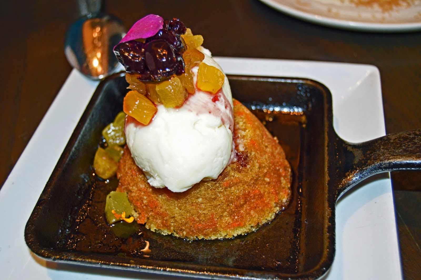 e+o Dessert: Carrot-Pineapple Cake