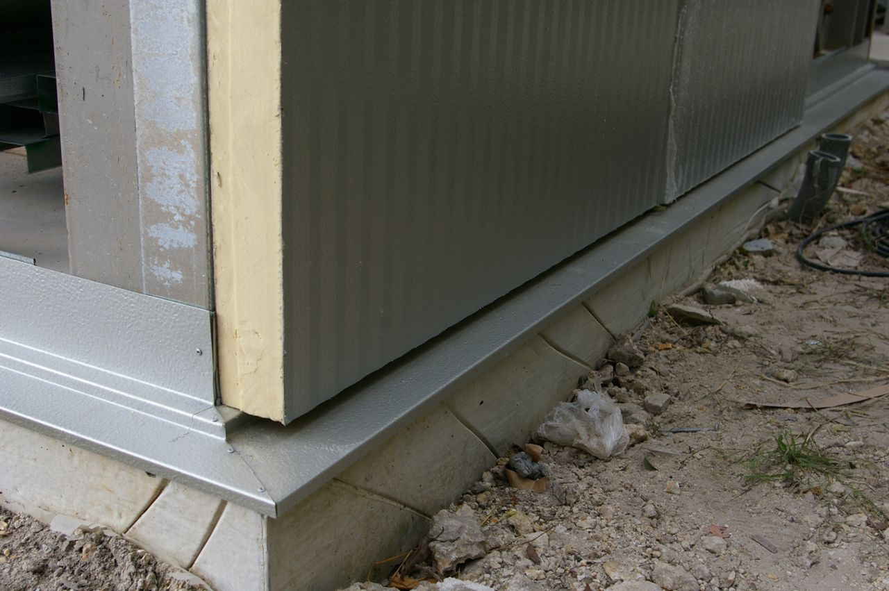 Exterior Wall Flashing : Tin box wall panels continued