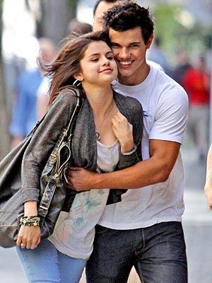Selena Gomez  Taylor Lautner on Selena Gomez And Taylor Lautner