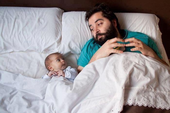 Des belles photos de petit bébé drôle avec son papa - Bébé ...