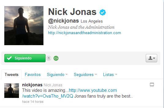 Nick Jonas deslumbrado por video de fans  Aviary+twitter-com+Picture+1