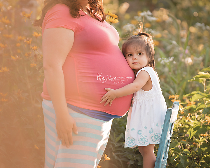 Best Sprint Summer Outdoor Maternity Photos of 2015 DeKalb, Sycamore, Geneva ,IL