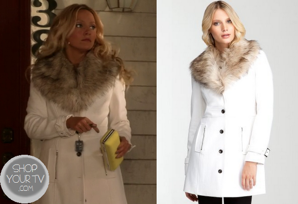 White Coat With Fur Collar