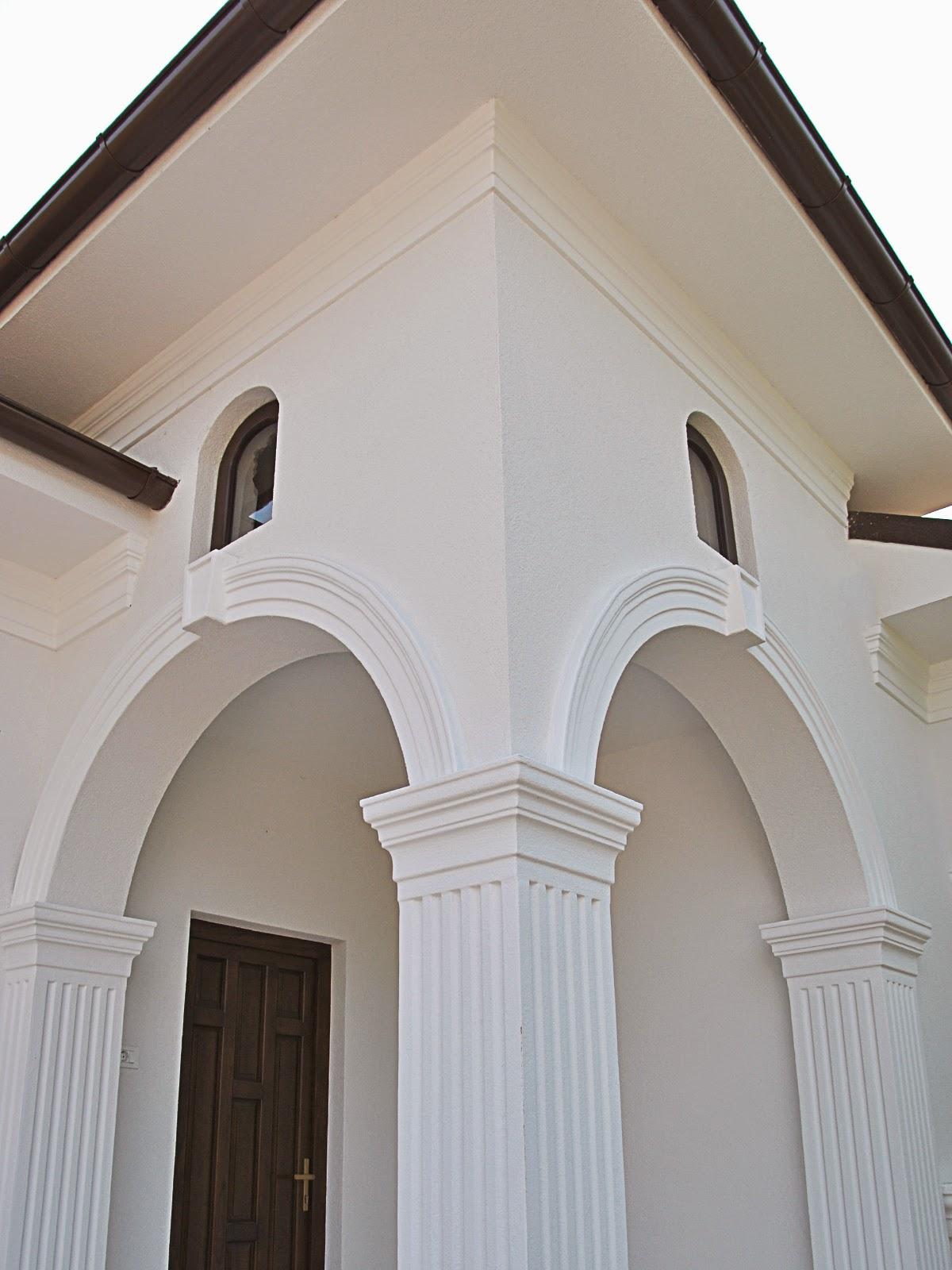 coloane si arcade la intrare in exterior casa, fatade case cu coloane decorative din polistiren