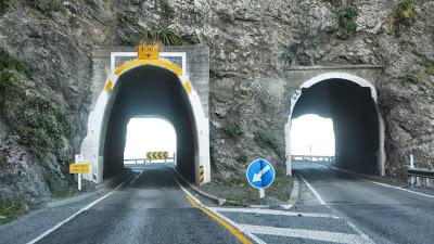 Paratitahi Tunnel N0.2, Kaikoura, Peketa