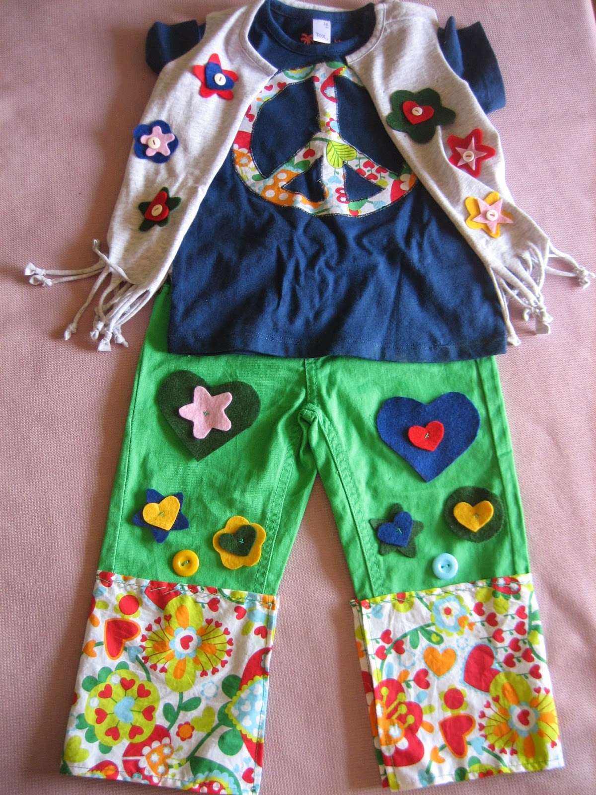 Chimcatapum disfraz de hippie for Camisetas hippies caseras