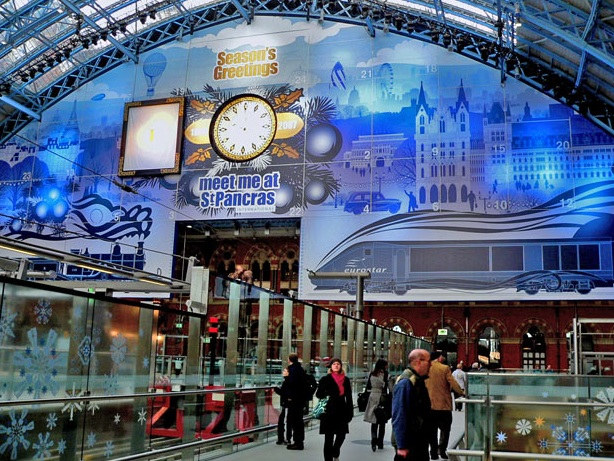 The largest advent calendar is 71 m (232 ft 11 in) high and 23 m (75 ft 5 in) wide and was built at St Pancras station, London, UK, to commemorate the station's refurbishment in December 2007.