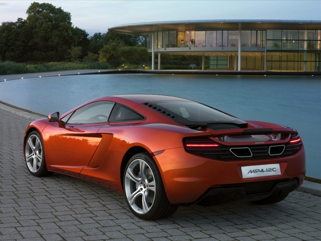 cars showroom 2011 mclaren mp4 12c sports car. Black Bedroom Furniture Sets. Home Design Ideas