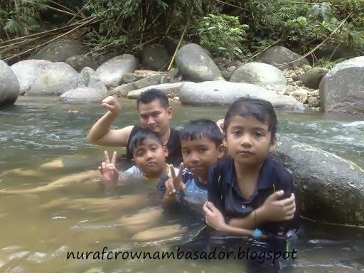 Beautiful Memories Bermandi Manda Di Burmese Pool