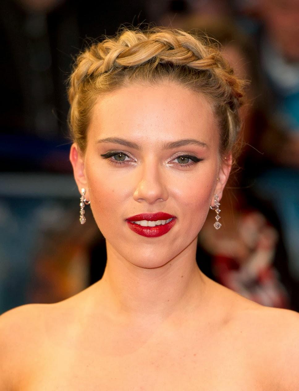 Scarlett Johansson Hairstyle Celebrity Magazine