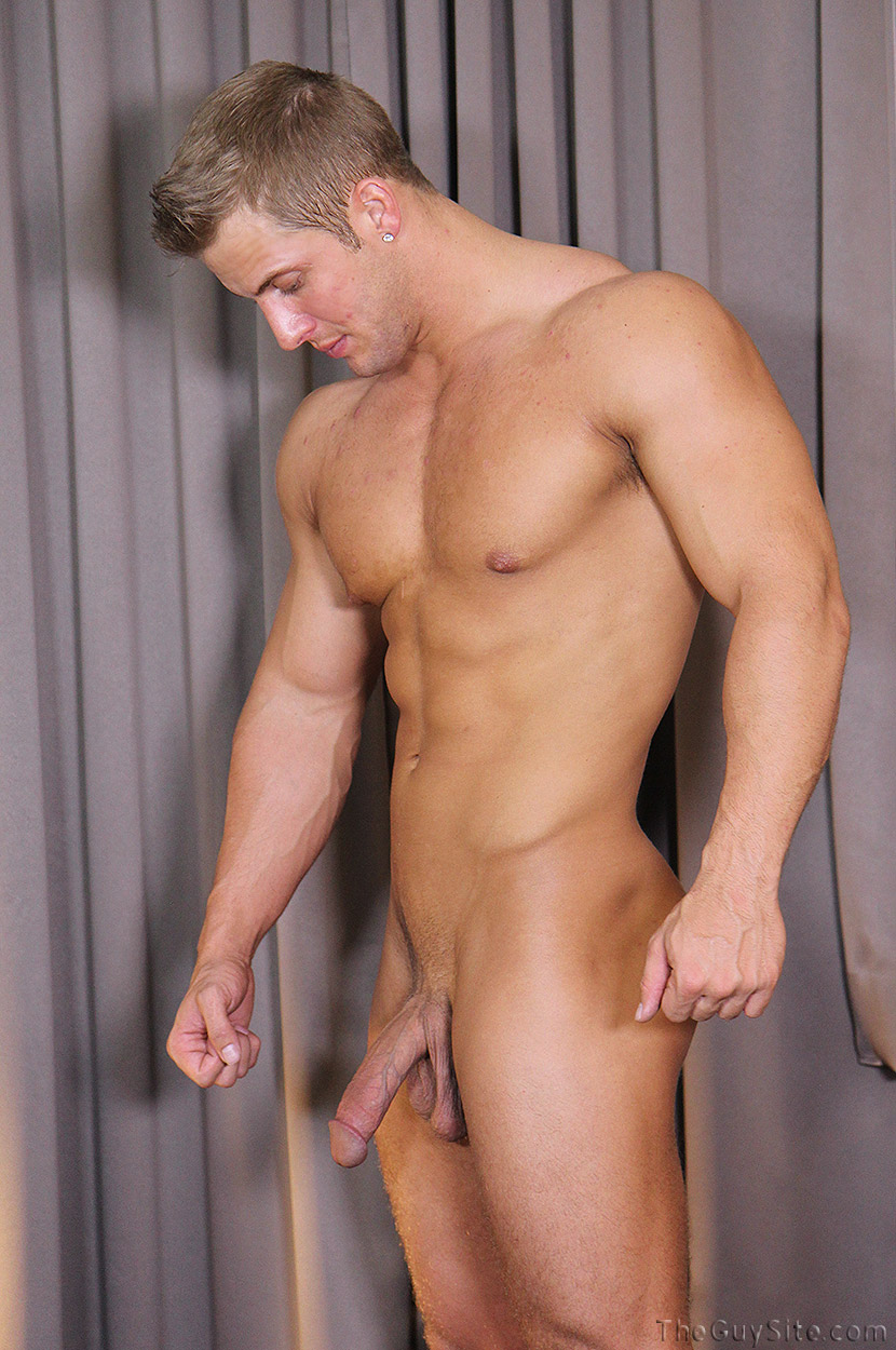 from Dariel gay adonis blog