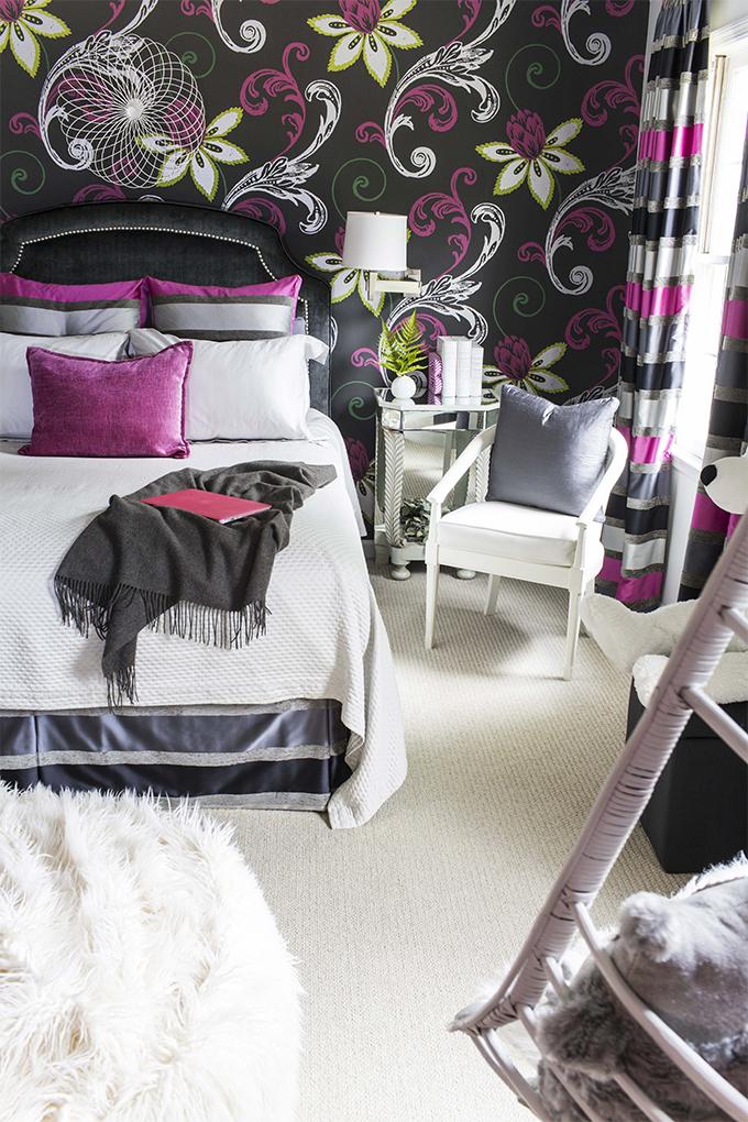 Decorando o quarto que tal usar preto, roxo, cinza e branco