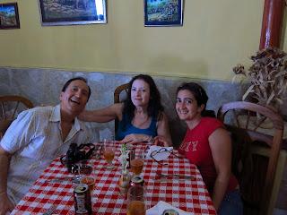 Santiago de Cuba family in restaurant