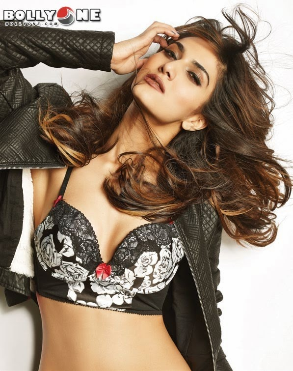Vaani Kapoor FHM January 2014 issue