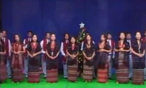 Pakaian Adat Suku Mara Hla di India