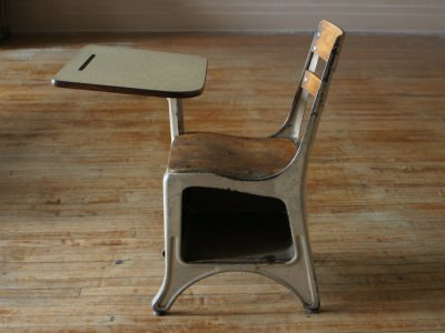 Sometime During My Elementary School Days, The Old Desks Were Replaced With  New Modern Single Piece Desks Where The Desks Were Built On A Pedestal That  ... Great Pictures