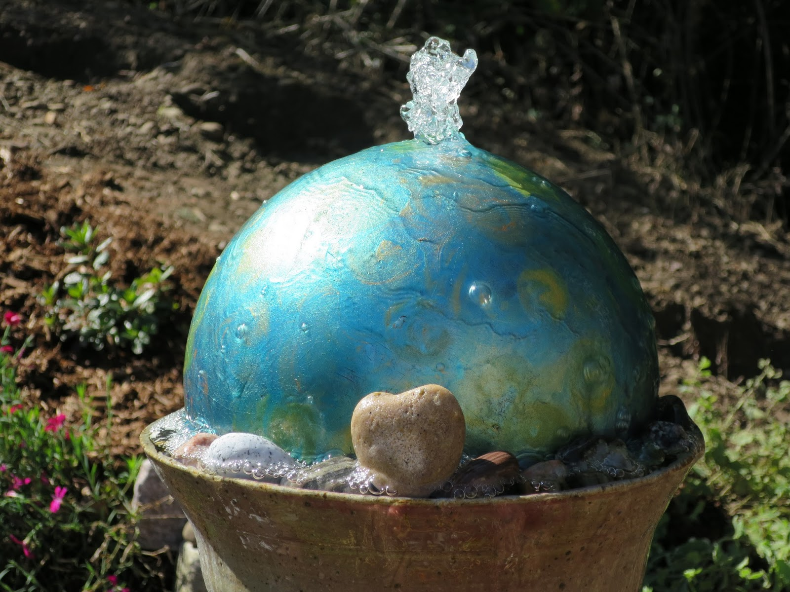 creatingwithoutcrayons jackiepneal backyard water fountain upcycle