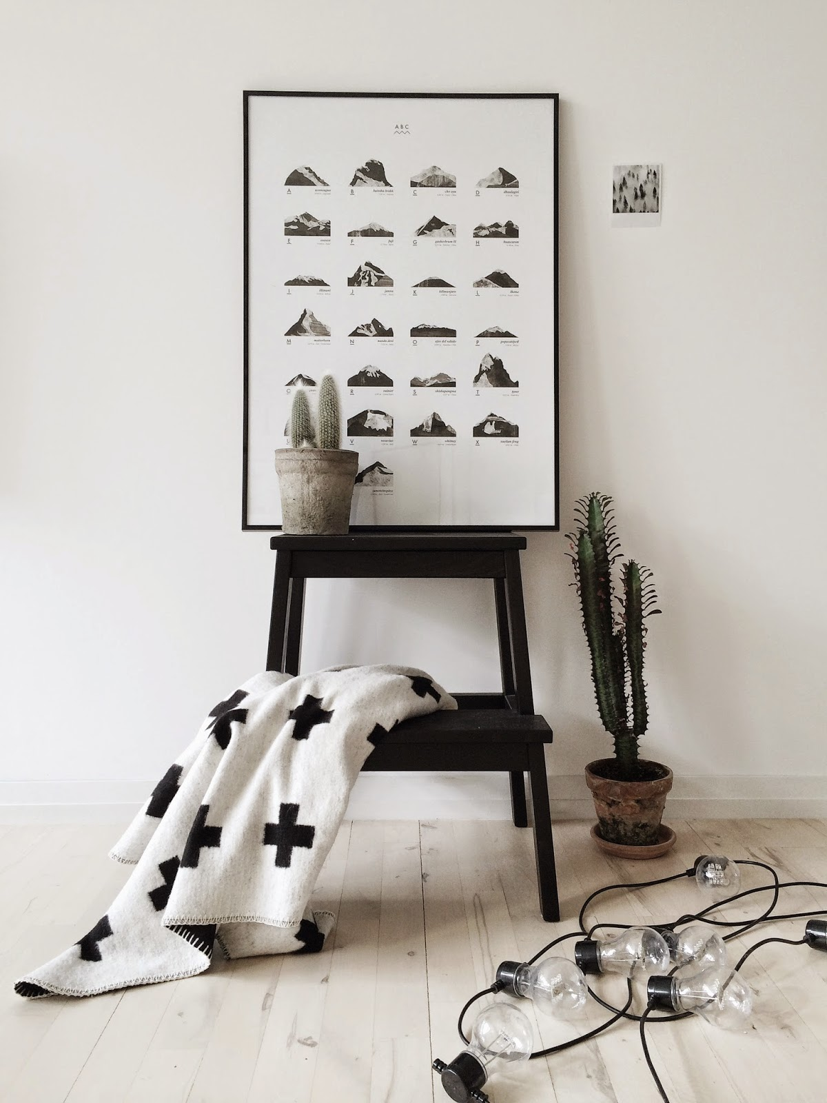 mountain abc, coco lapine design, scandinavian interior, pia wallen cross blanket, scandinavian love song