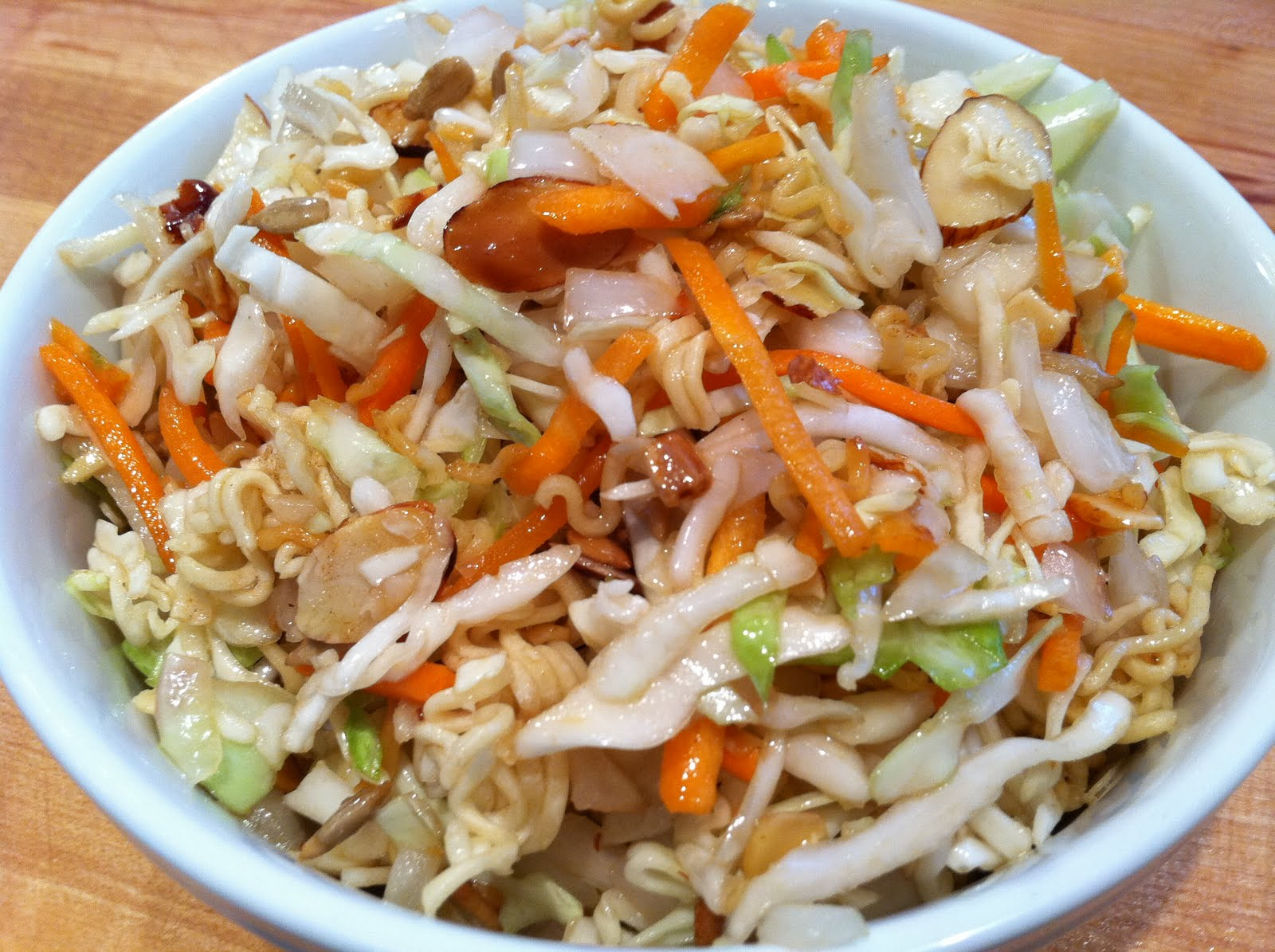 Everything Tasty from My Kitchen: Crunchy Ramen Noodle Salad