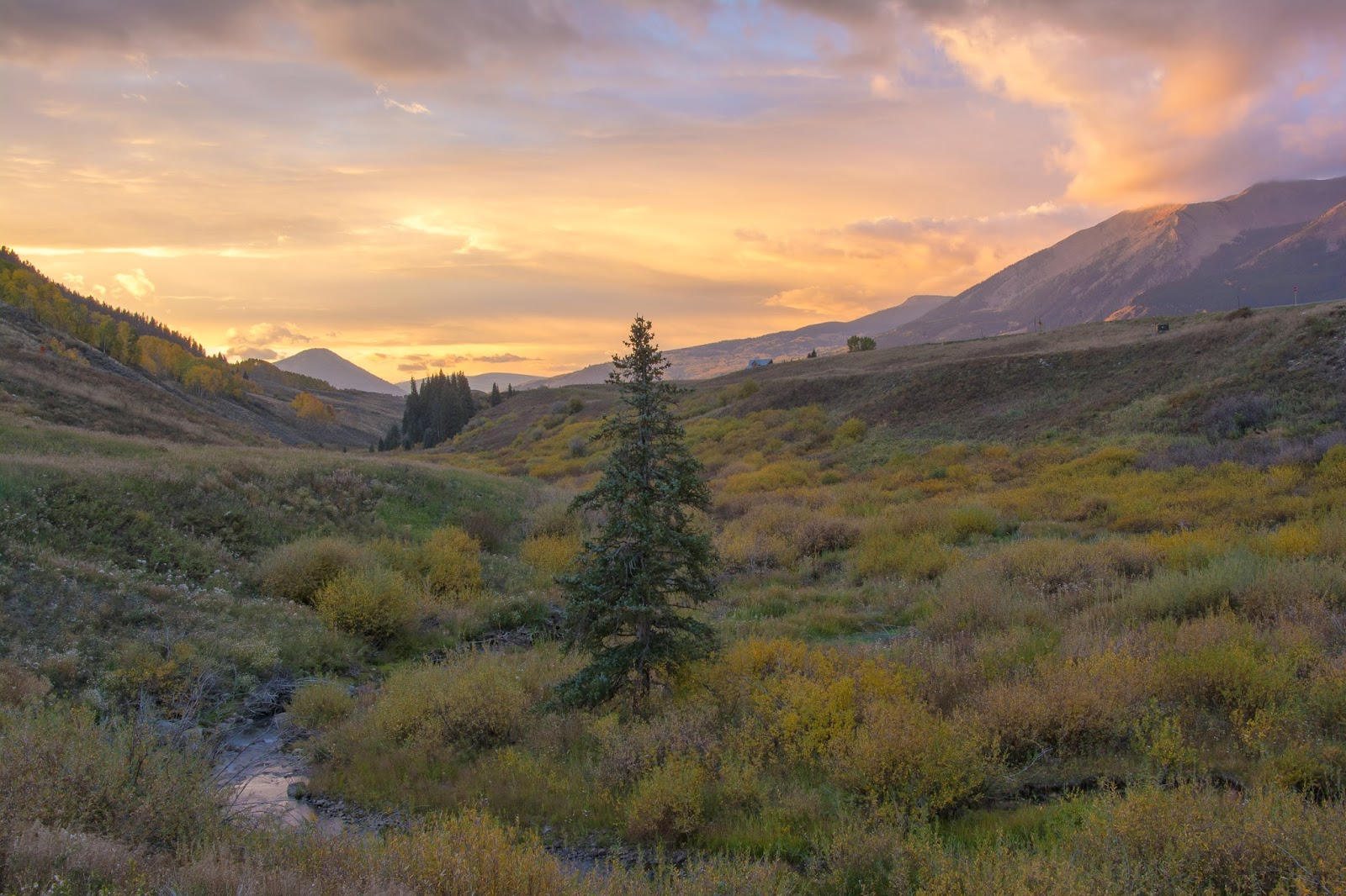 Crested Butte Fall Sunrise