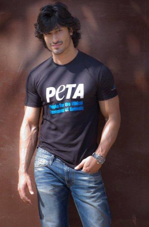 Vidyut Jamwal Supports PETA