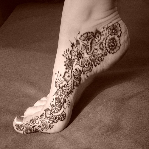 Bridal Foot Mehndi Designs Unforgettable Collection : Bridal mehndi designs for hands backhand feet images