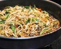 Moyashi com Molho Oriental (vegana)